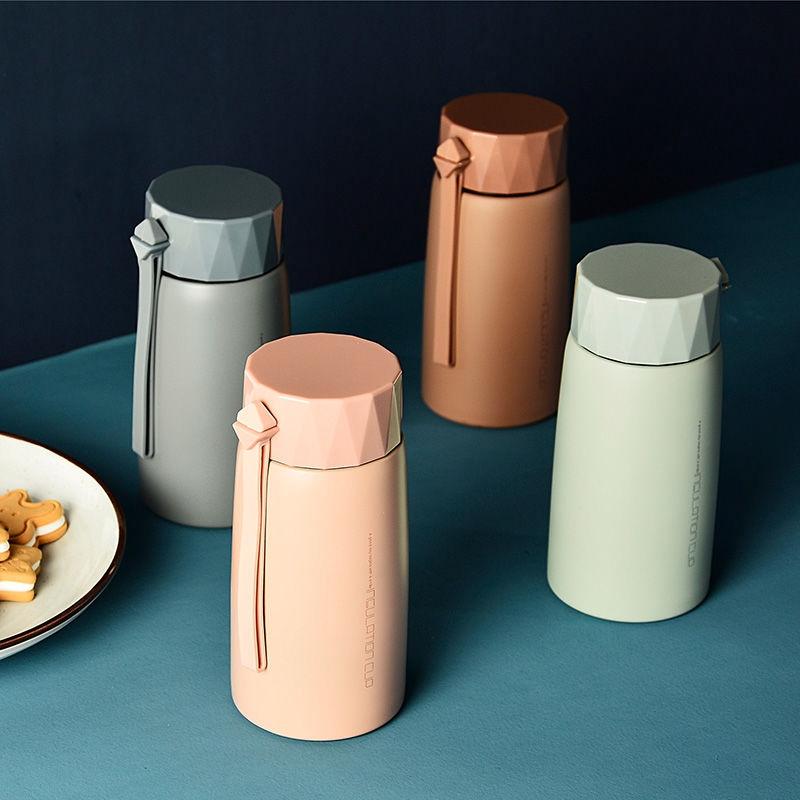 cốc uống nước bằng nhựa thiết kế đơn giản - 22102504 , 5700194655 , 322_5700194655 , 324700 , coc-uong-nuoc-bang-nhua-thiet-ke-don-gian-322_5700194655 , shopee.vn , cốc uống nước bằng nhựa thiết kế đơn giản
