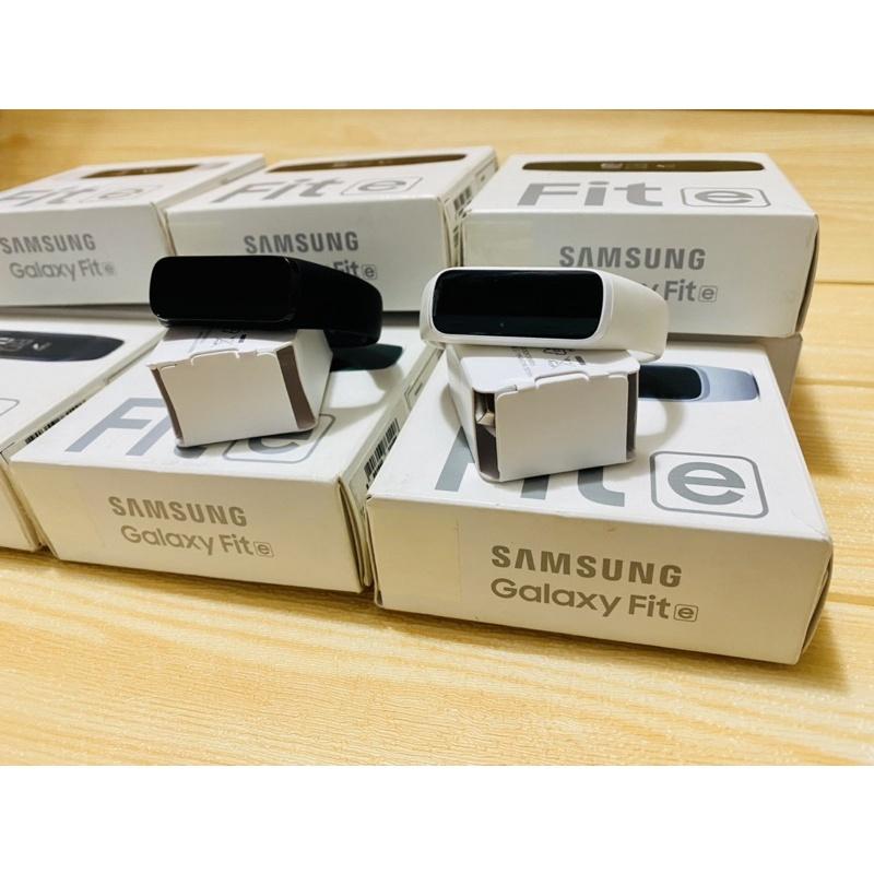 Vòng đeo tay Samsung Galaxy Fit E fullbox chính hãng 99%