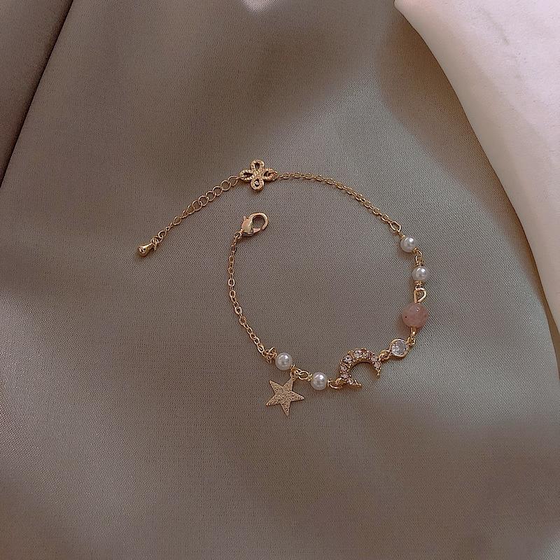 Vòng đeo tay xỏ hạt mặt hình ngôi sao/mặt trăng dễ thương phong cách Hàn Quốc cho nữ