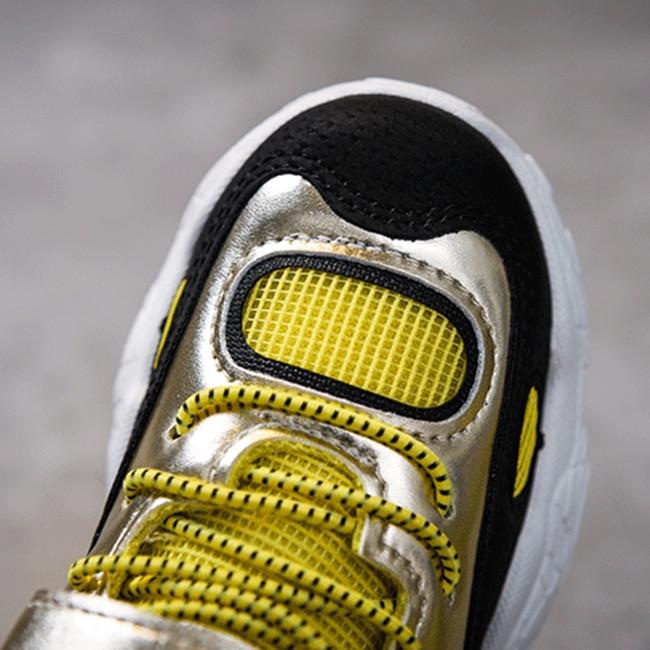 Giày thể thao chống trượt chất lượng
