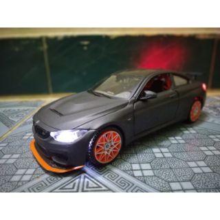 Xe mô hình BMW M4 GTS 1:24 (đã độ đèn từ xe mới)