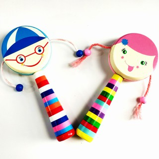Trống lắc tay búp bê cho bé, đồ chơi cho trẻ sơ sinh