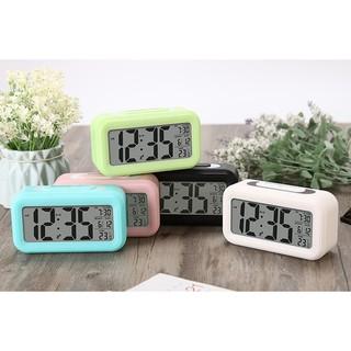 Đồng hồ báo thức để bàn điển tử màn hình lớn