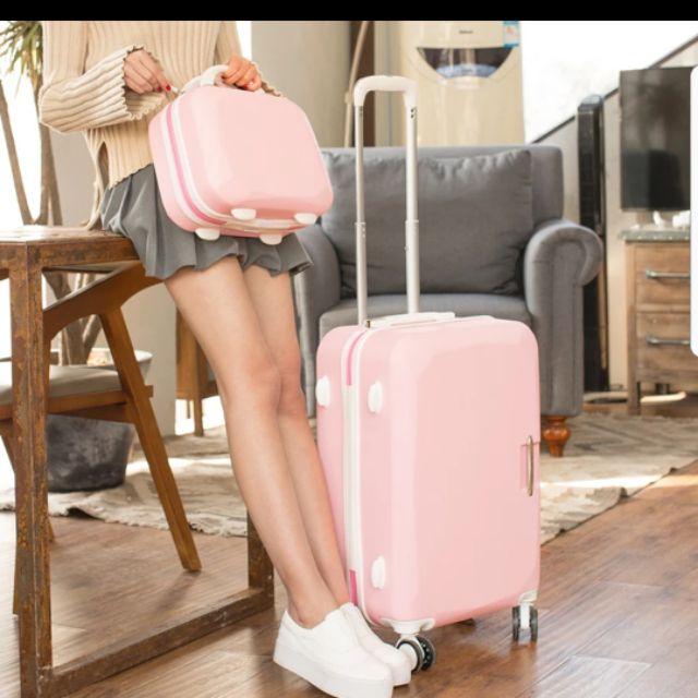 Set vali 2 cái