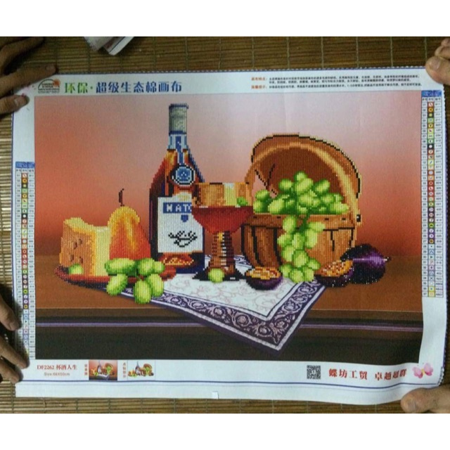 Tranh gắn đá thành phẩm hoa quả và rượu