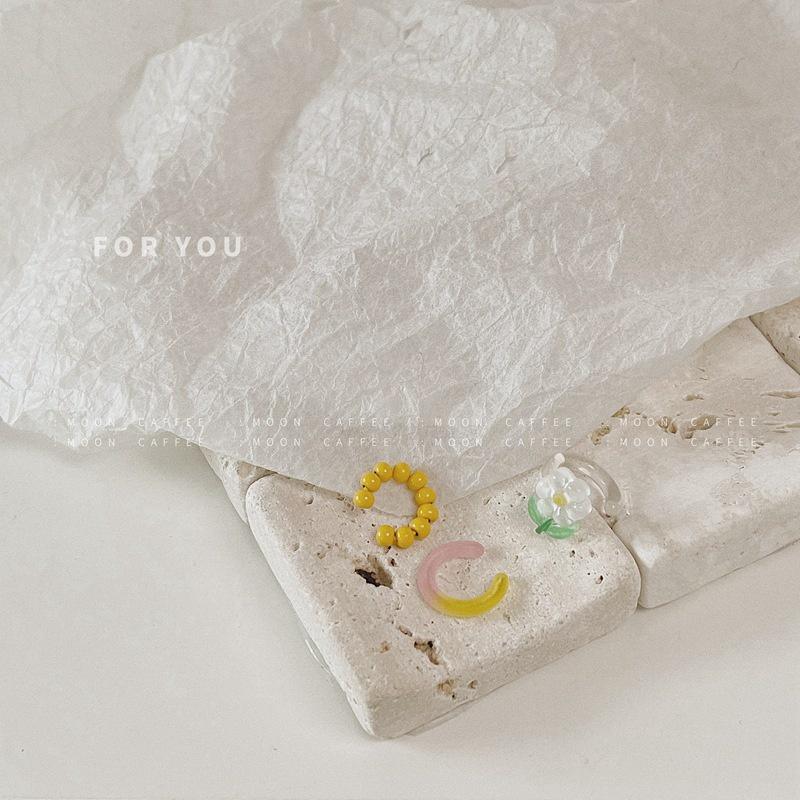 Bông tai đính hạt nhựa hoa nhỏ mẫu mới xuân hè 2021 đeo ghép màu ghép màu khuyên tai kẹp siêu tiên nữ thời trang