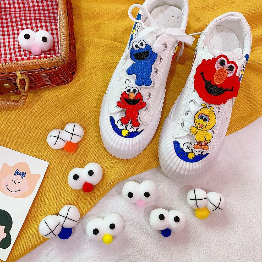 Giày Canvas Thắt Dây Phối Lông Kiểu Hoạt Hình Đáng Yêu