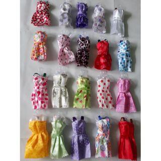 10 bộ đầm búp bê Barbies, Xinyi, Licca và búp bê 30cm
