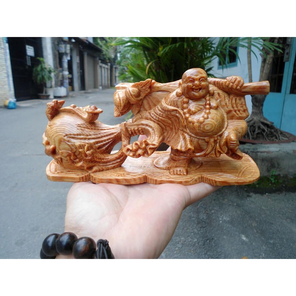 Tượng phật Di Lặc kéo bao tiền bằng gỗ Huyết Long (Trang Trí xe ô tô)