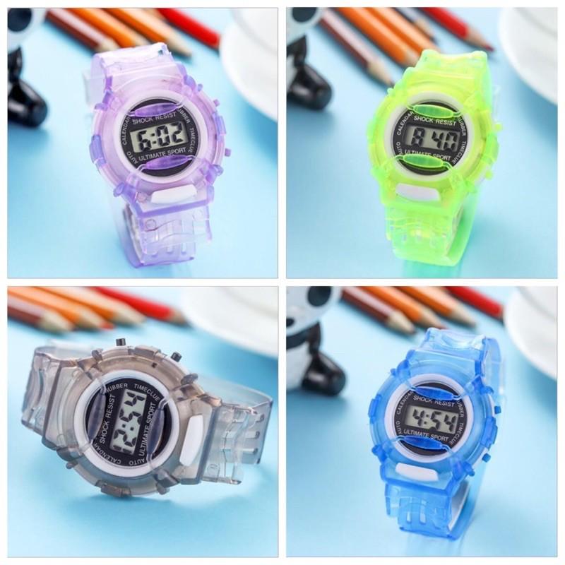 [Mã INCU1519 giảm 25% đơn 99K] (New) Đồng hồ trẻ em điện tử dây nhựa dẻo 5 màu sinh động
