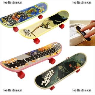 1X Mini Finger Board Skateboard Novelty Kids Boys Girls Toy Gift for Party 3.7″