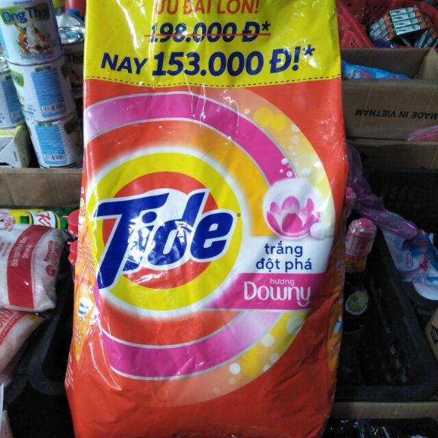 Bột giặt Tide trắng đột phá hương Downy 5kg giá hạ nhiệt .