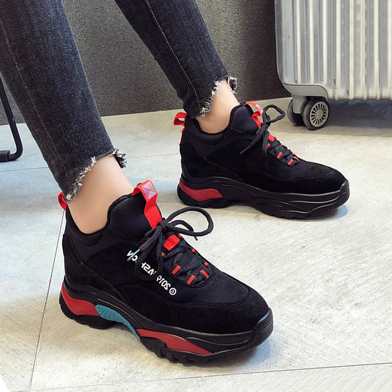 2018 winter sports shoes female Korean casual shoes thick bottom plus velvet old shoes increased shoes