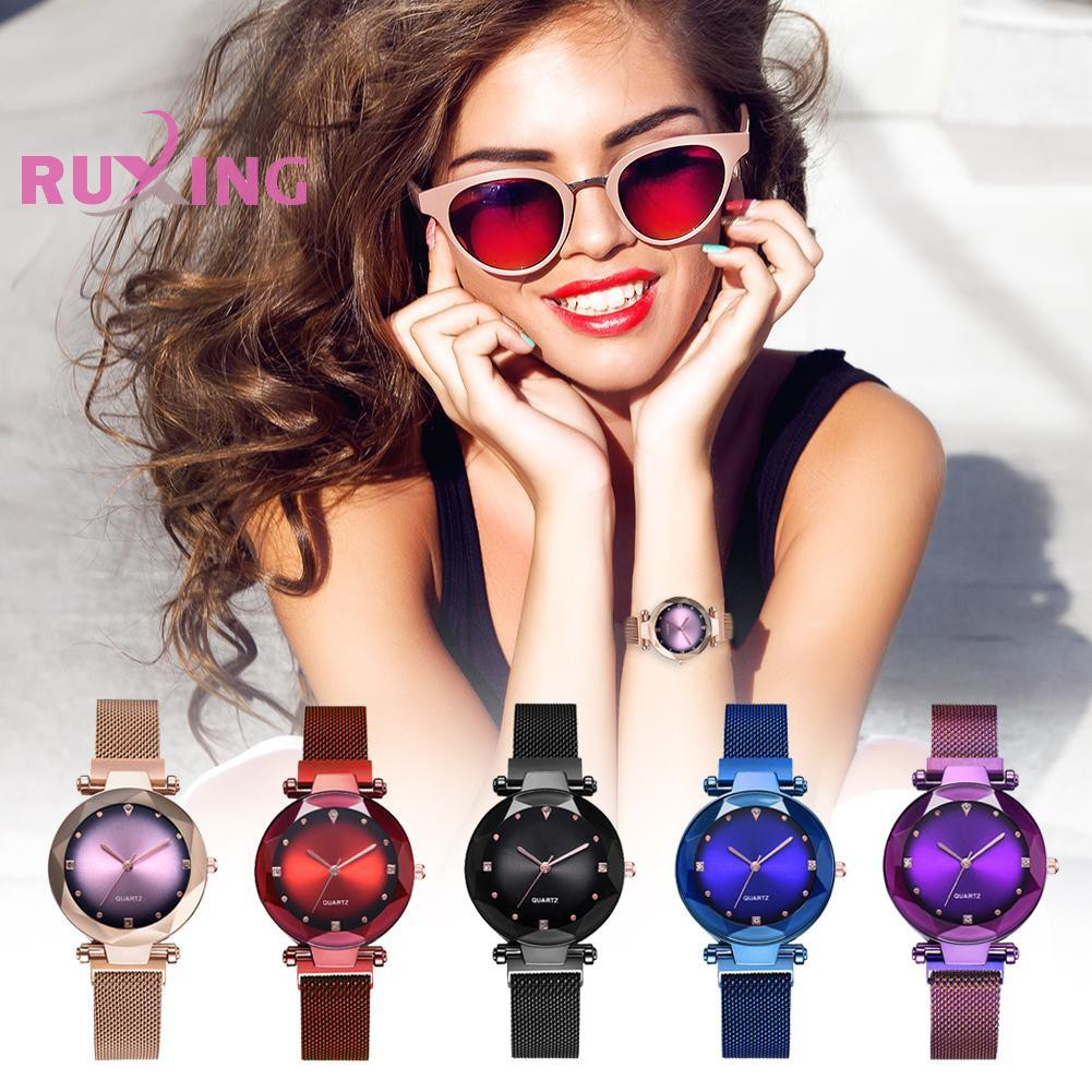 Magnetic Buckle Band Women Watches Clock Ladies Fashion Quartz Wrist Watch