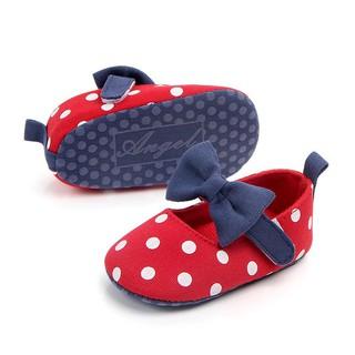 Giày búp bê phối nơ xinh cho bé tập đi