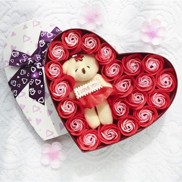 Quà tặng bạn gái  - Hộp Hoa Hồng Sáp Thơm Trái Tim 20 Bông + gấu - MÀU ĐỎ LÃNG MẠNG - tặng kèm 1 THỎI SON + THIỆP