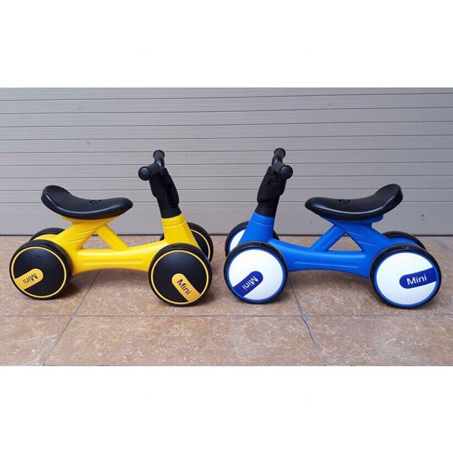 Xe Chòi Chân Thăng Bằng Mini Bike màu vàng - Xanh(Có Nhạc + Đèn)