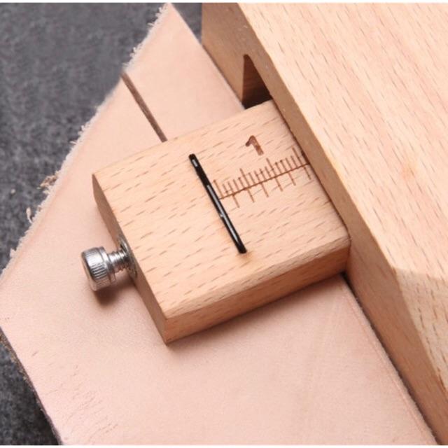Dụng cụ hỗ trợ cắt dây da