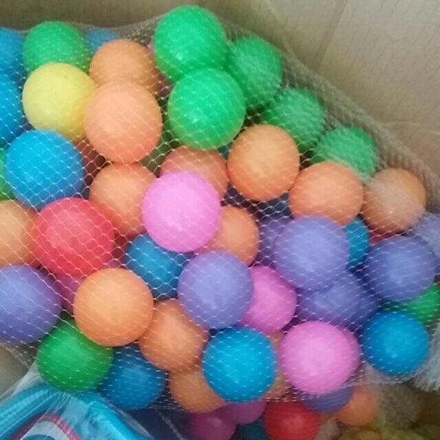 100 quả bóng cho bé