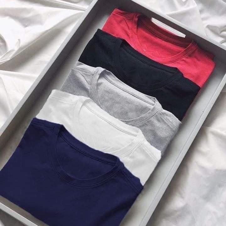 Áo Thun Trơn Nam Nữ Đều Mặc Được - Form Vừa, Nhiều Màu, Nhiều Size Phù Hợp Với Mọi Người - ATT01