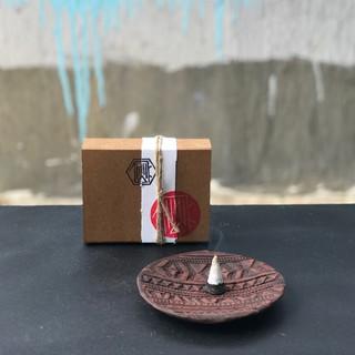 Nhang Cedar ( Tuyết Tùng ) hộp 20 viên [ Handmade Incense Cones )