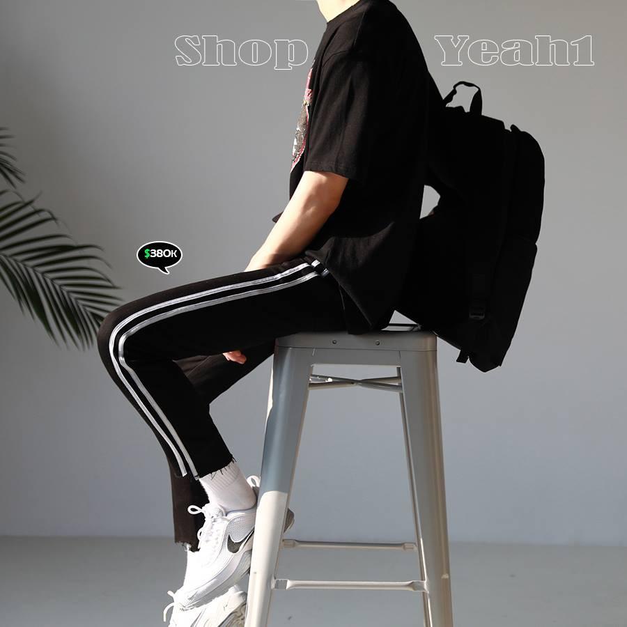 [Yeah1Shop]- Quần Jeans dài đen 2 sọc trắng D159 - 9943588 , 479775589 , 322_479775589 , 380000 , Yeah1Shop-Quan-Jeans-dai-den-2-soc-trang-D159-322_479775589 , shopee.vn , [Yeah1Shop]- Quần Jeans dài đen 2 sọc trắng D159