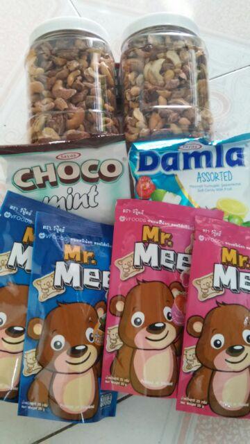 Combo 1kg Hạt điều rang muối - HỘP (bể) + 4 Bánh gấu Mr.Mee + 1 Kẹo Damla Tayas + 1 Kẹo Choco mint - 3548769 , 955805462 , 322_955805462 , 200000 , Combo-1kg-Hat-dieu-rang-muoi-HOP-be-4-Banh-gau-Mr.Mee-1-Keo-Damla-Tayas-1-Keo-Choco-mint-322_955805462 , shopee.vn , Combo 1kg Hạt điều rang muối - HỘP (bể) + 4 Bánh gấu Mr.Mee + 1 Kẹo Damla Tayas + 1 Kẹ