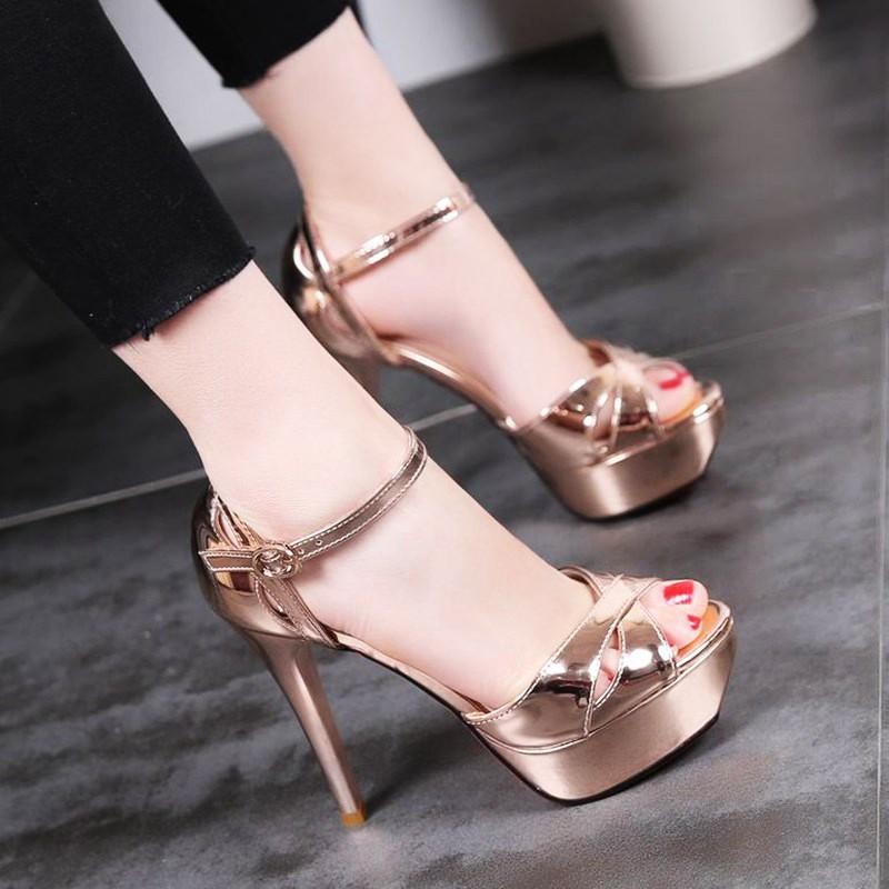 Giày cao gót khoét kiểu quai da bóng mềm - CG94