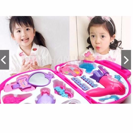 Bộ đồ chơi trang điểm cho bé gái - 3071637 , 434294792 , 322_434294792 , 120000 , Bo-do-choi-trang-diem-cho-be-gai-322_434294792 , shopee.vn , Bộ đồ chơi trang điểm cho bé gái