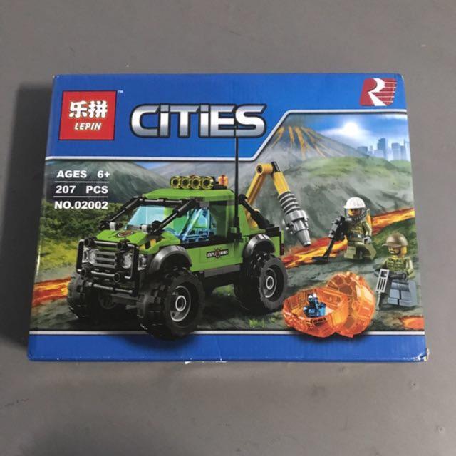 Lego cities 02002- Xe tải thám hiểm núi lửa