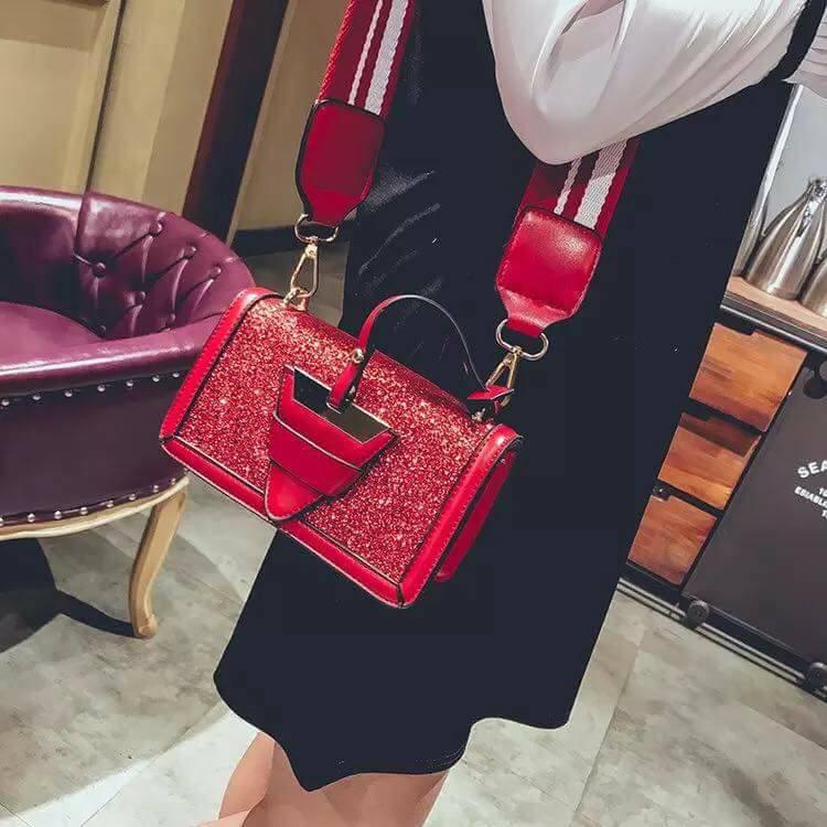 Túi kim sa khóa tam giác hai dây mẫu hót nhất 2018