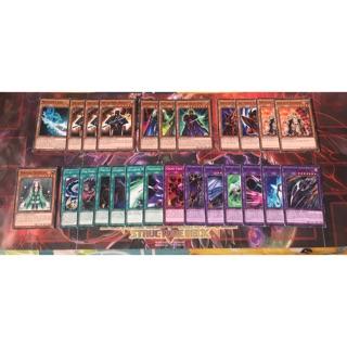 Vài thẻ bài cho Dark Magician