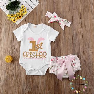 Set áo liền quần yếm tay ngắn in chữ + quần ngắn họa tiết hoa + băng đô nơ dễ thương cho bé