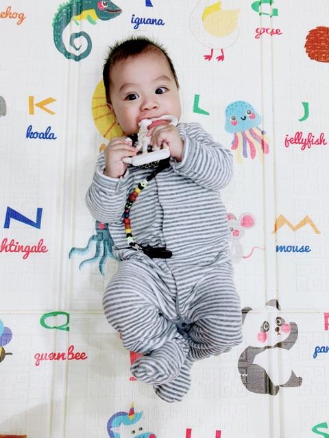 Hươu Sophie từ group Review bỉm sữa