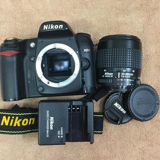 Máy ảnh Nikon D80 kèm lens 35-80 Nikon (không bật được flash cóc)