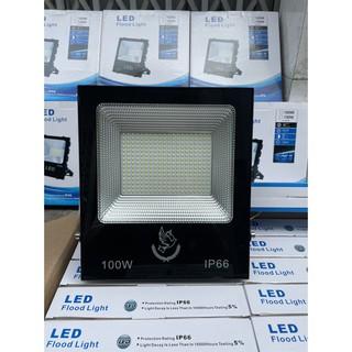 Đèn pha LED 100W ip66 chiếu sáng ngoài trời, sử dụng điện lưới 220v, tiện dụng phù hợp với nhiều đối tượng khách hàng