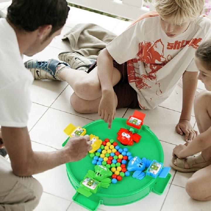 Bộ đồ chơi ếch tranh ăn - shopre