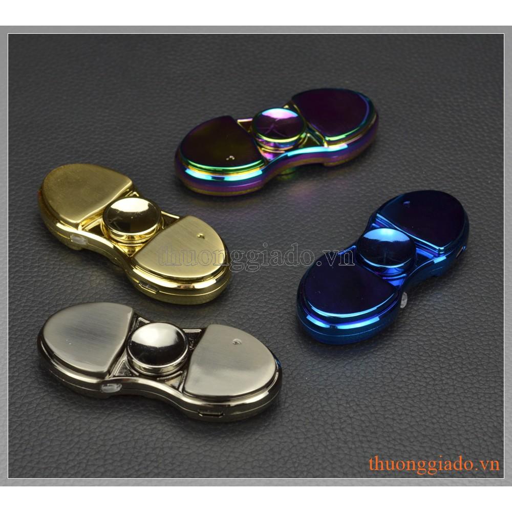 Fidget Spinner, con quay 2 cánh, có đèn led chạy chữ và bật được lửa - 3420107 , 595542676 , 322_595542676 , 170000 , Fidget-Spinner-con-quay-2-canh-co-den-led-chay-chu-va-bat-duoc-lua-322_595542676 , shopee.vn , Fidget Spinner, con quay 2 cánh, có đèn led chạy chữ và bật được lửa