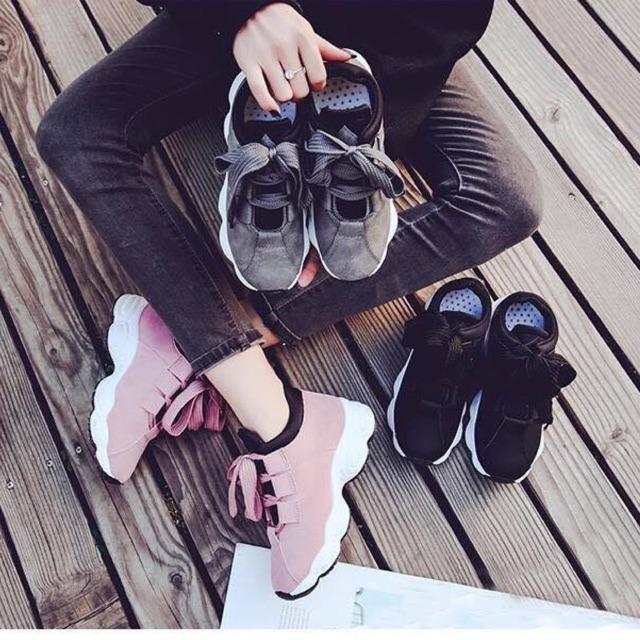 Giày thể thao đế viền cong da lộn 3 màu hot hit