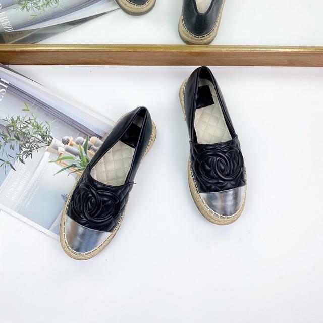 Giày lười nữ Slip on đế cói trần chỉ mũi tròn màu bạc hàng cao cấp fullbox