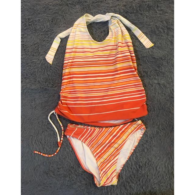 ชุดว่ายน้ำแบบ 2 พีช ผูกคูสีส้มน่ารัก
