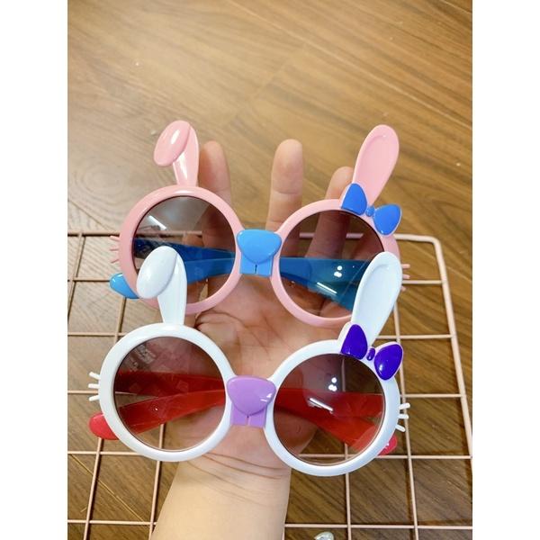 Kính Râm Cho Bé, Kính Mắt Hình tai thỏ đang yêu Đi Biển Cho Bé Chống Tia UV