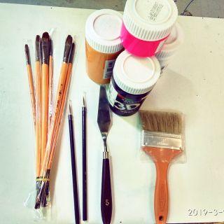 Combo : màu , bút tỉa, cọ vẽ, bay, panhso