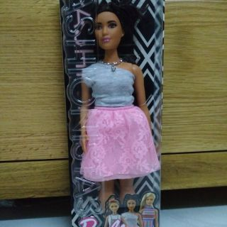 Búp bê barbie Fashionistas