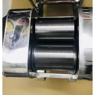 [ Máy nhỏ ] Máy thái bì Inox bằng tay , chống hoen rỉ , làm tất cả các loại nem