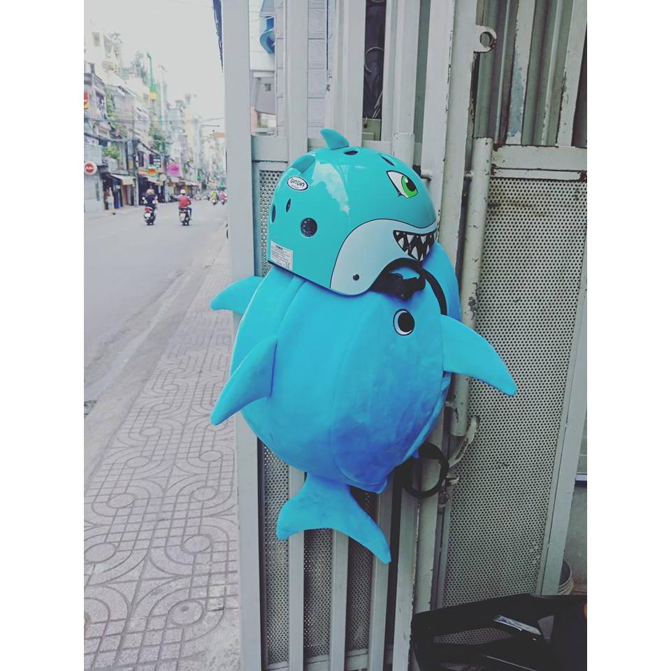 Balo đựng nón hình cá mập