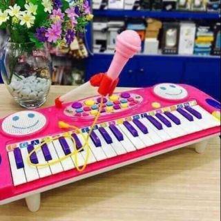 Đàn organ cho bé chơi và hát