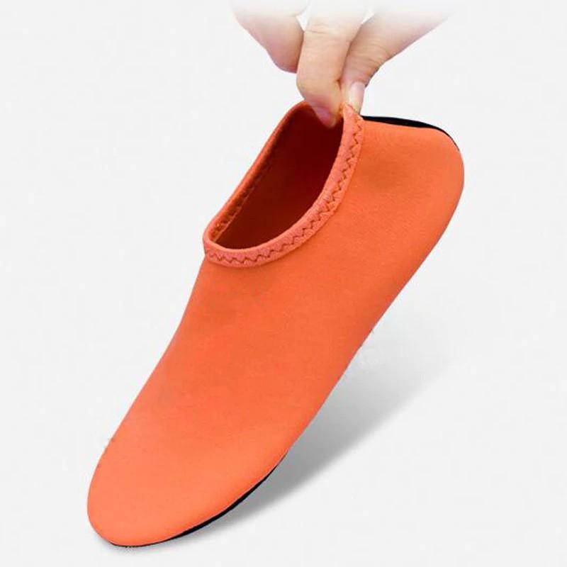 Giày vớ đi biển tiện dụng chất lượng cao