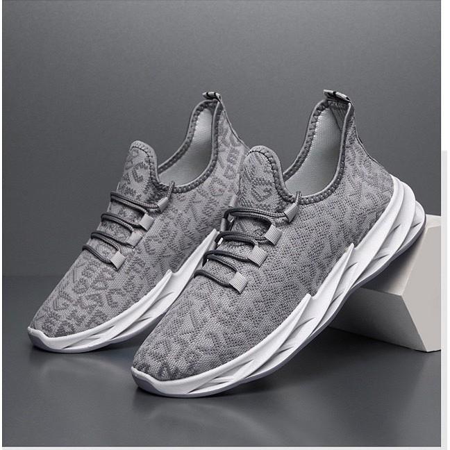 Giày sneaker nam họa tiết chữ đế xoắn có 2 màu
