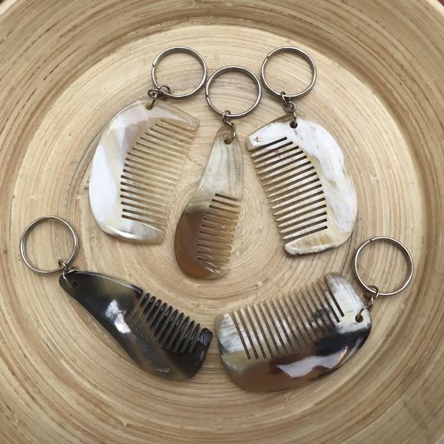 Móc treo chìa khóa bằng Sừng trâu - Hình chiếc lược mini Giá, móc, cây treo